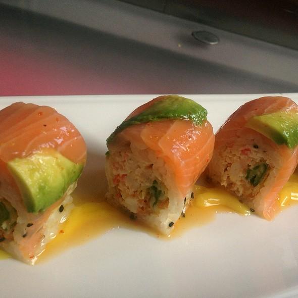 Sunshine Roll - Azuki Sushi Lounge, San Diego, CA