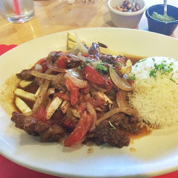 Lomo Saltado (Peruvian Style Steak) @ Isabella's Restaurant