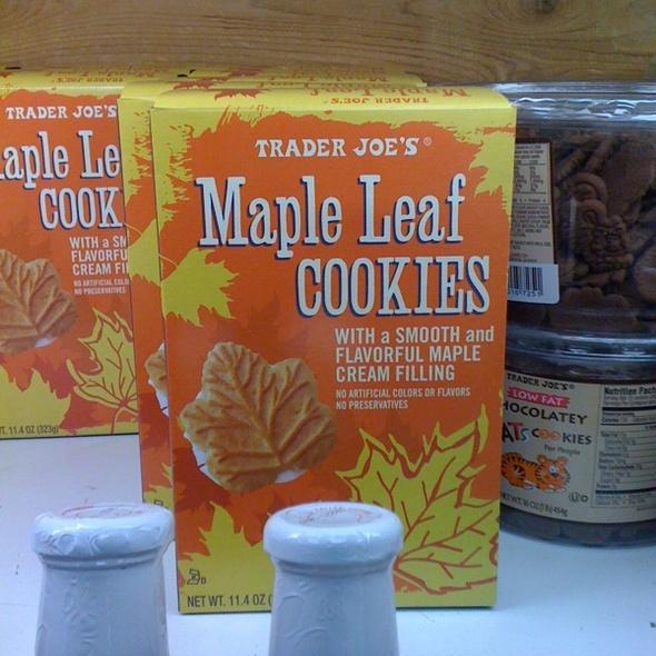 Maple Cream Cookies @ Trader Joe's
