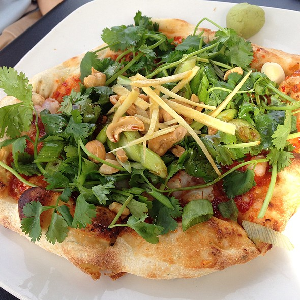 Asian Shrimp Flatbread @ Green Room