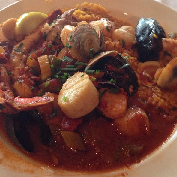 Seafood Paella - Water's Edge - Charleston, Mount Pleasant, SC