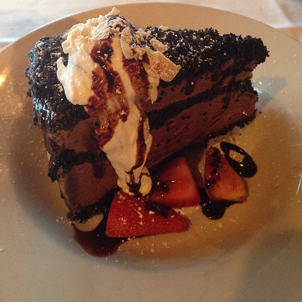 Water's Edge Mud Pie - Water's Edge - Charleston, Mount Pleasant, SC
