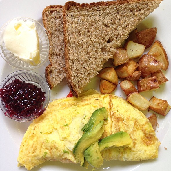Veggie Omelet @ Old Soul at The Weatherstone