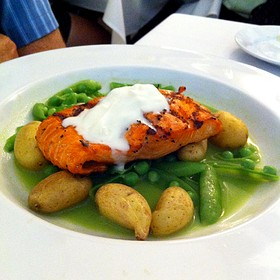 Copper River Salmon With Sugar Snap Peas