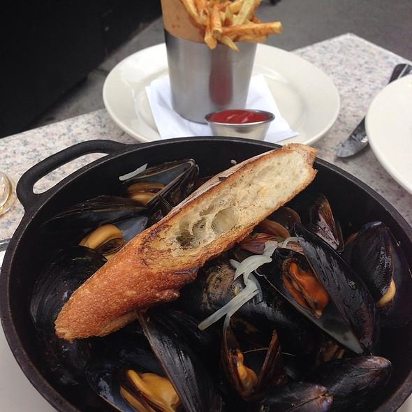 Prince Edward Island Mussels - Marlow Bistro, New York, NY