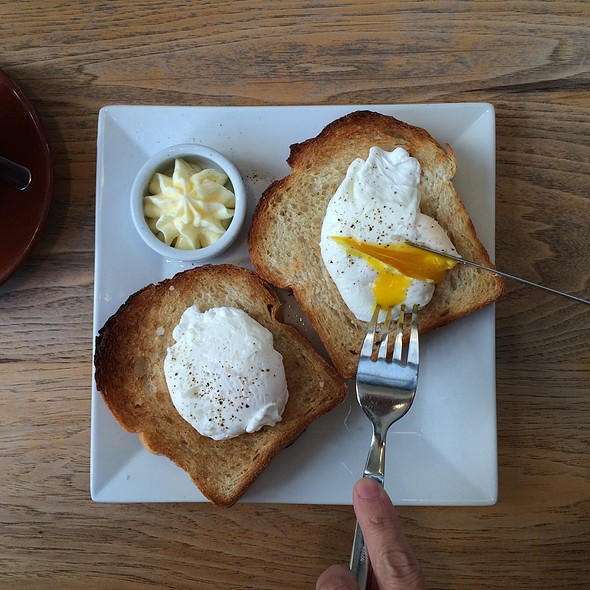 Poached Eggs With Buttered Thick Cut Acme Toast @ Blue Bottle Coffee
