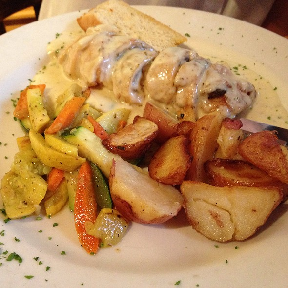 Chicken Roulade @ Empire Café