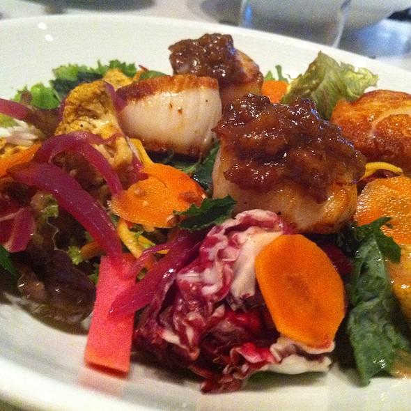 Scallops @ Oliver & Bonacini Cafe Grill, Bayview Village