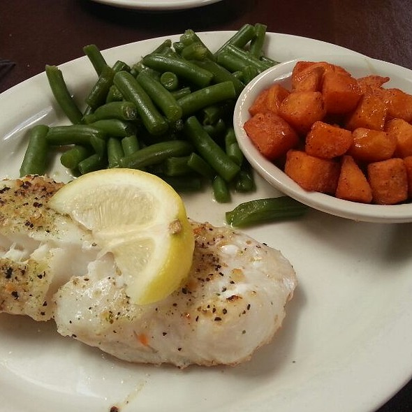 Grilled Cod @ Carriage Crossing Restaurant and Bakery