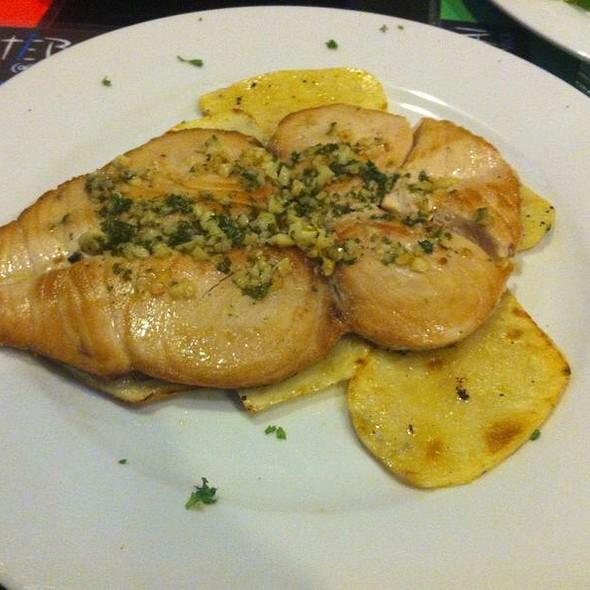 Lomo De Atún Blanco Ondarroa @ Artiebai Cocina Vasca