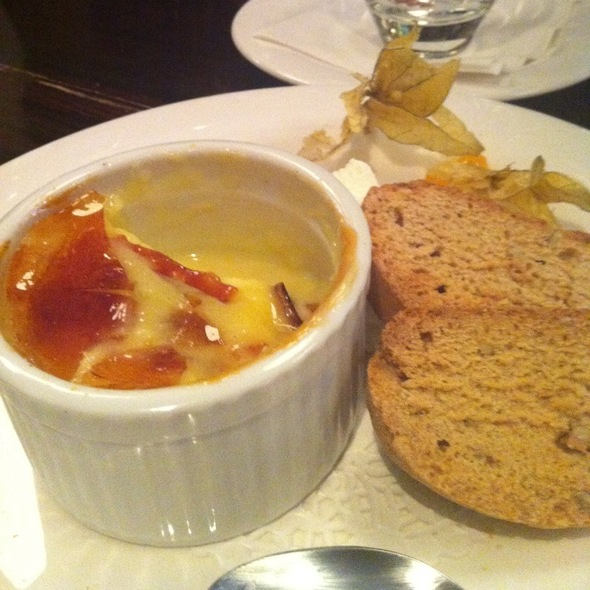 Creme Brulee - Sole Restaurant, Waterloo, ON