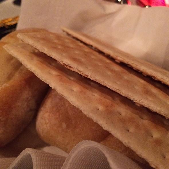 Bread Basket - Don't Tell Mama NYC, New York, NY