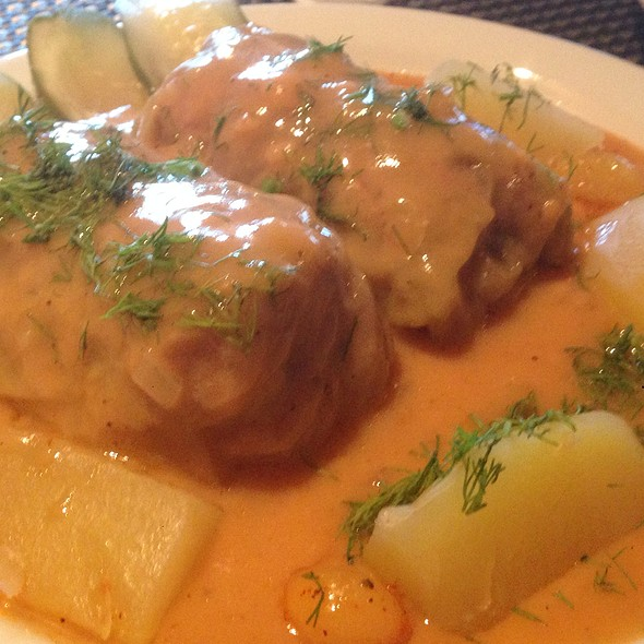 Stuffed Cabbage Rolls @ Mama Papa Lithuania