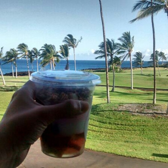 yogurt parfait @ Waikoloa Coffee Company