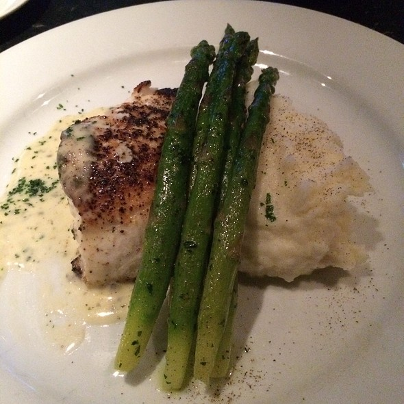 Grouper Specilal - Red Drum Restaurant and Bar, Mount Pleasant, SC