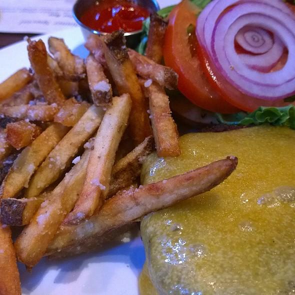 Redmond's Burger