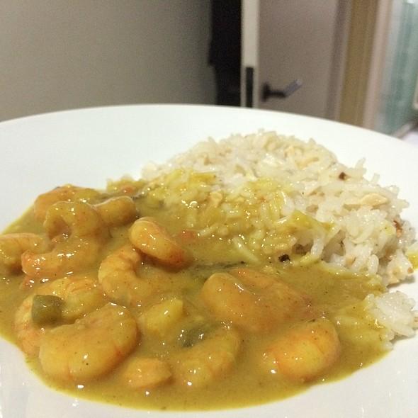 Camarão Ao Curry Vom Arroz Aromático De Castanhas @ Home