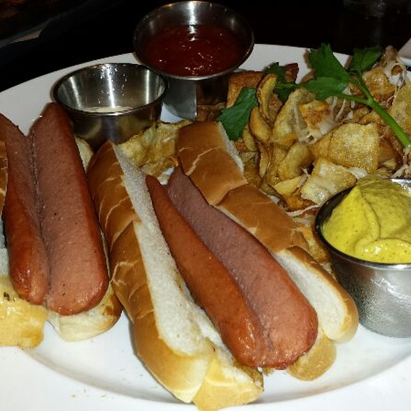 Two Hummel Hot Dogs with Parmesan Chips @ Nick's New Haven Style Pizza