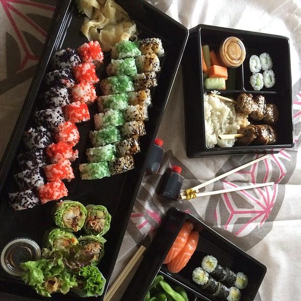 Mixed Sushi Take-Away @ Sticks 'N' Sushi