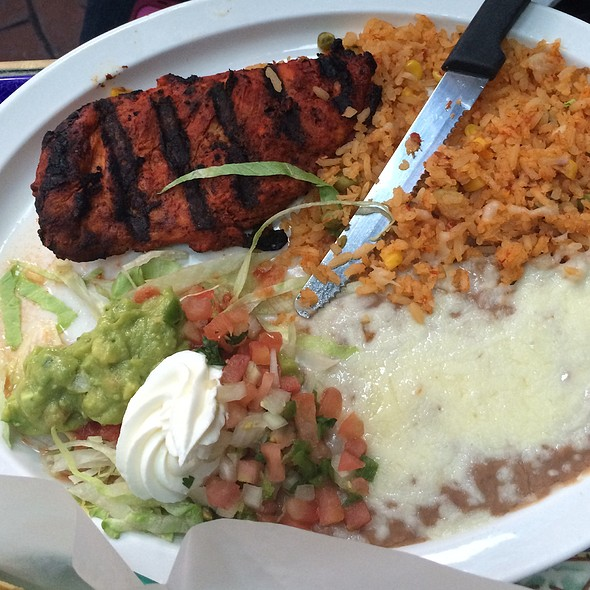 Pollo al Carbon @ Los Toros Mexican Restaurant