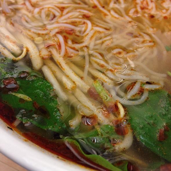Bun Bo Hue @ Evergreen Garden Restaurant