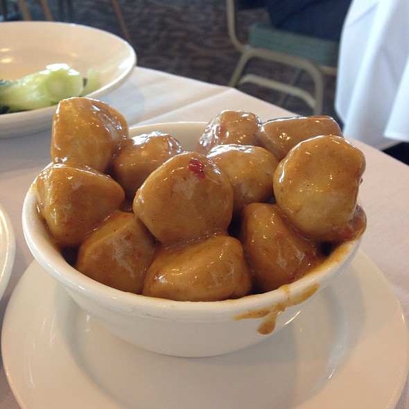 Fish Ball With Daikon In Curry Sauce @ Hong Kong East Ocean Seafood Restaurant