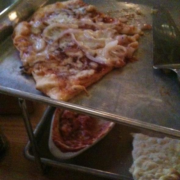 Pizza @ Scotty's Thr3e Wise Men Brewery