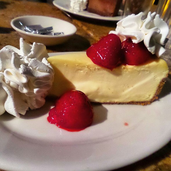 Original Strawberries Cheesecake @ The Cheesecake Factory