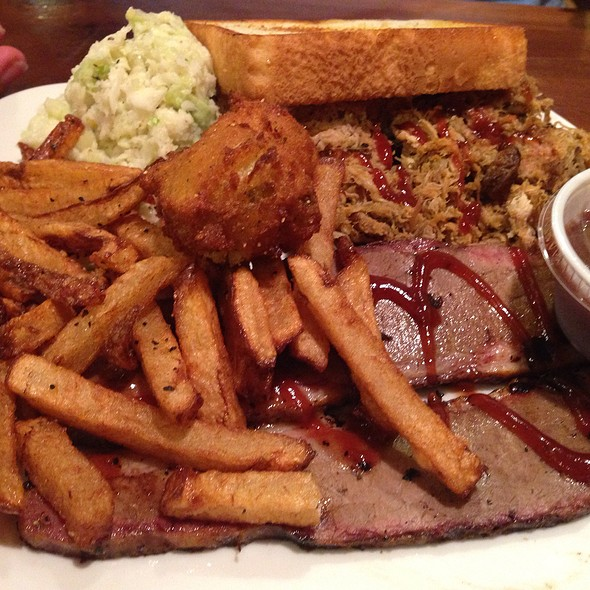 Pulled Pork And Beef Brisket @ Sawbuck's
