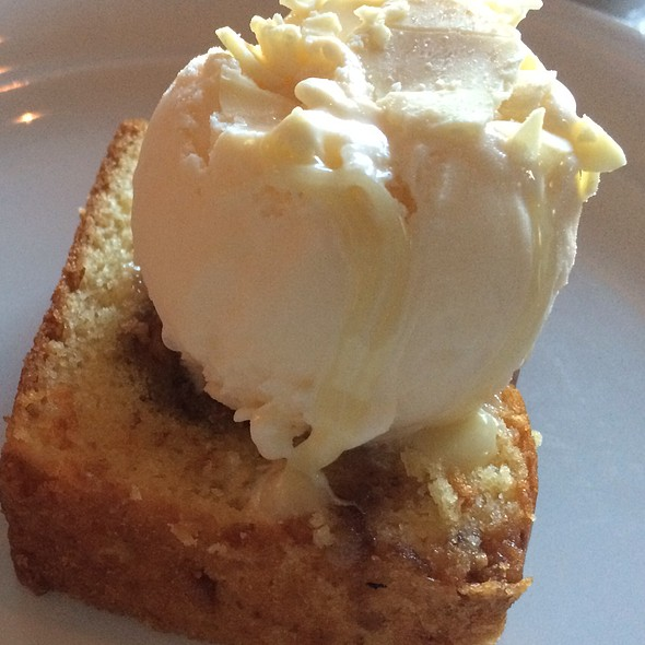 Snickerdoodle Pound Cake @ Norwegian Breakaway