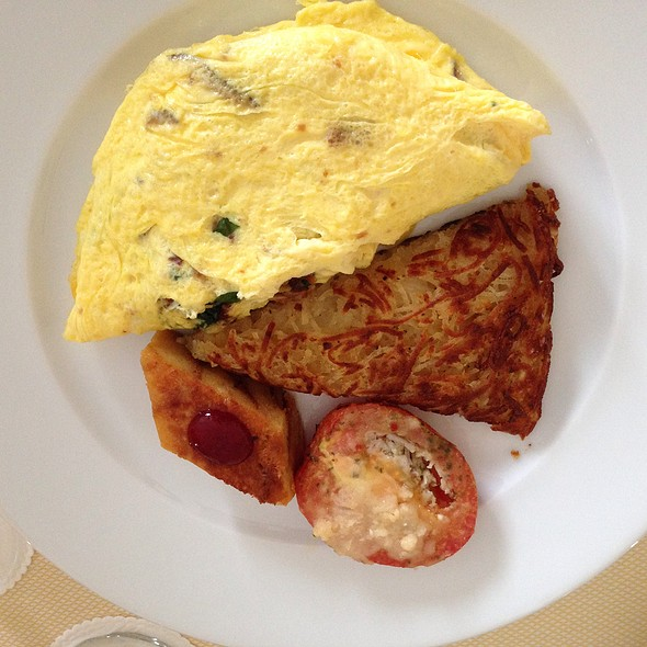3 Egg Omelette With Bacon, Spinach & Mushrooms - Bites at The Ritz-Carlton, Naples, Naples, FL