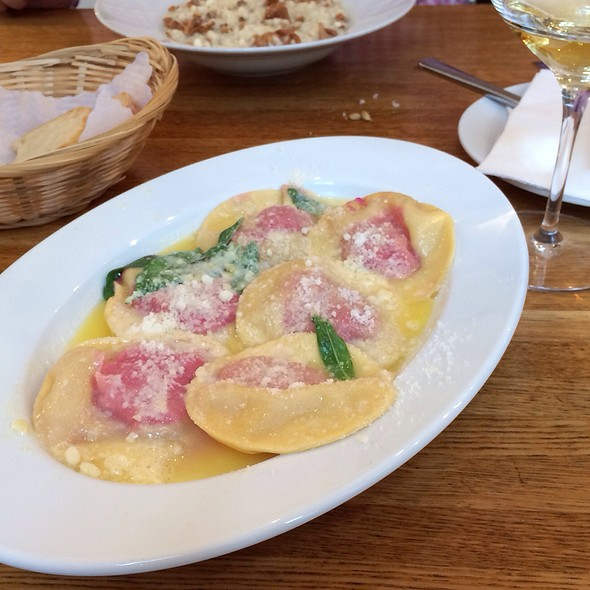 Beetroot Ricotta Cheese Ravioli