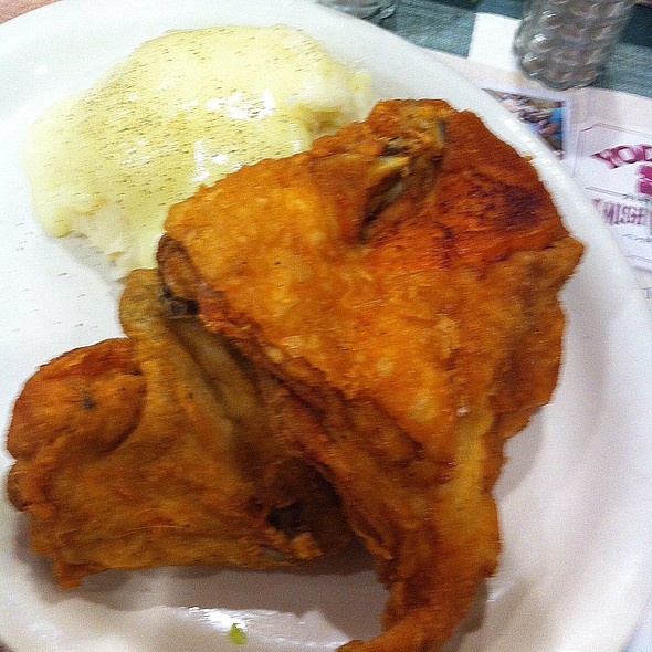 Fried Chicken And Mashed Potatoes @ Yoder's Restaurant Inc.