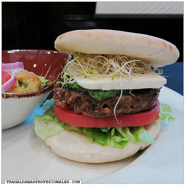 The Italian Burger
