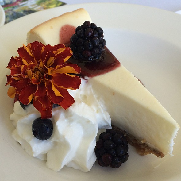 New York Cheesecake @ Grand Tradition Estate And Garden