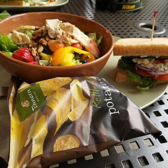 Salad And Sandwich Lunch Combo @ Panera Bread Santa Barbara
