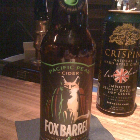 Fox Barrel Pear Cider @ Fred Bar