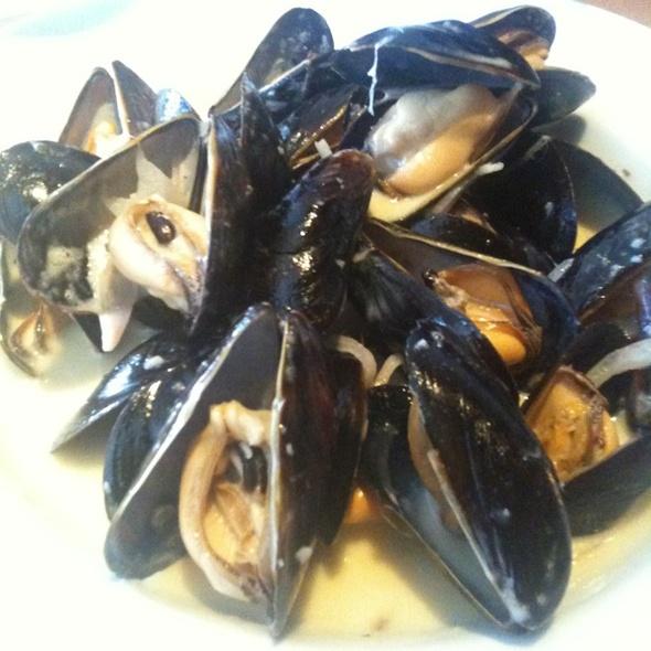 Mussels - Plan B - ARDEN TOWN, Sacramento, CA