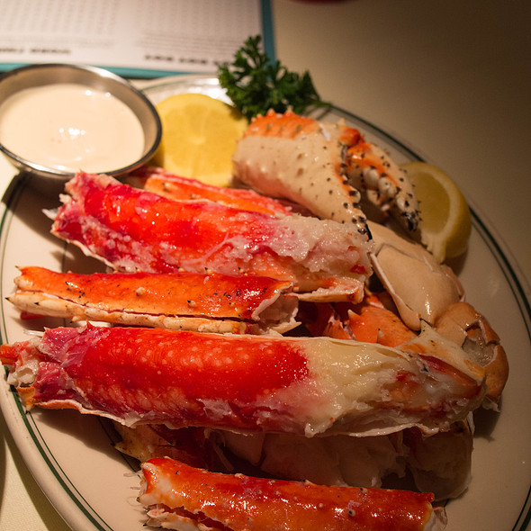 Jumbo Alaskan King Crab Legs @ Joe's Seafood Steak & Stone Crab