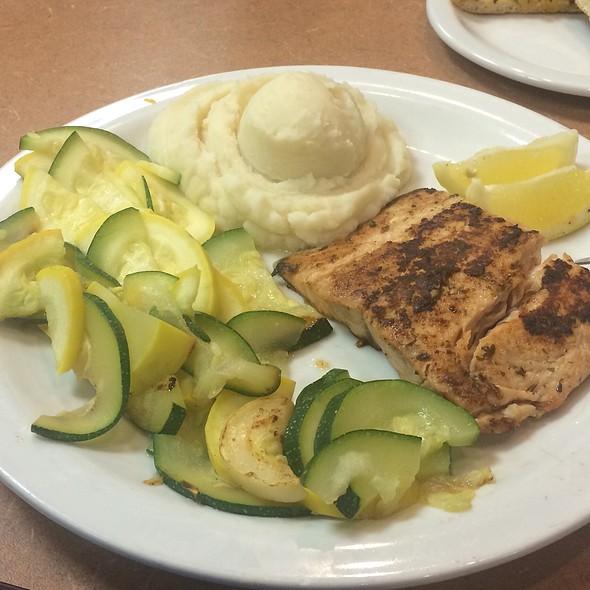 Alaskan Salmon @ Denny's