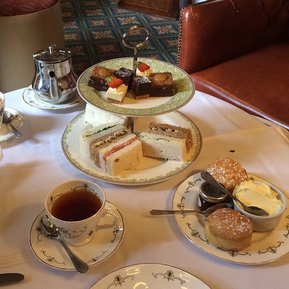 Afternoon Tea/High Tea @ The Plough And Harrow