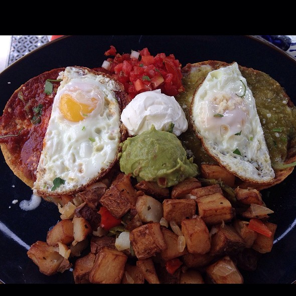 Huevos Rancheros Divorciados - Rocco's Tacos & Tequila Bar - Boca Raton, Boca Raton, FL