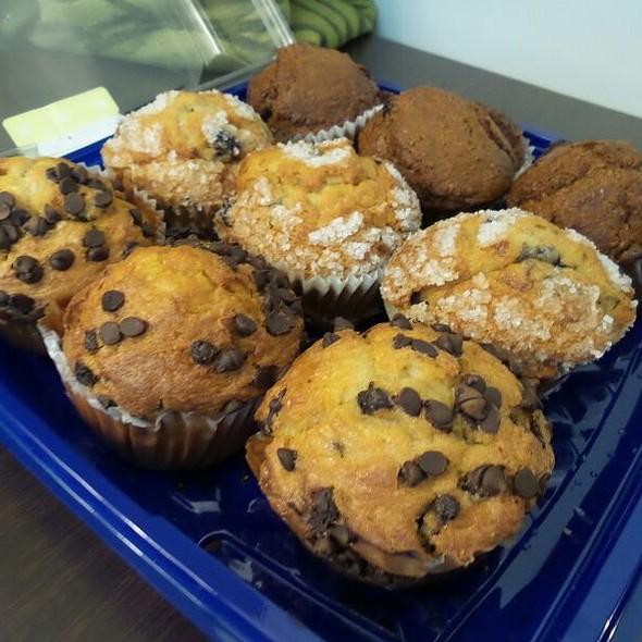 Muffin Medley @ Vons Hermosa Beach