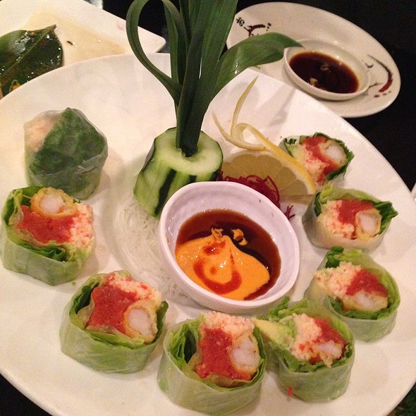Lettuce Roll @ Love Boat Sushi