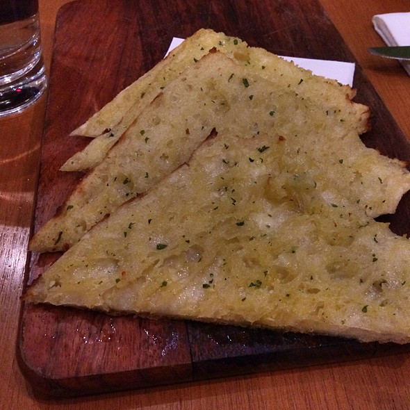 Garlic Flatbread @ Cyren Restaurant and Bar