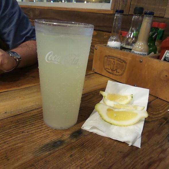 Lemonade @ The Fish Shop Hermosa Beach