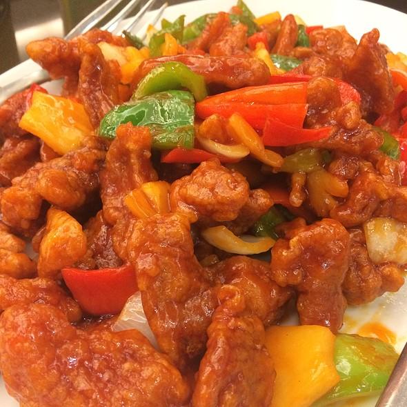 sweet and sour pork @ Peking Garden