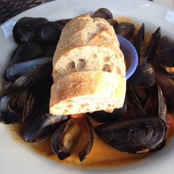 P.E.I. Mussels - Indigo Landing, Alexandria, VA