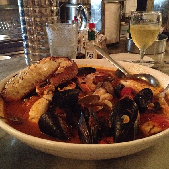 Cioppino @ Anchor Oyster Bar