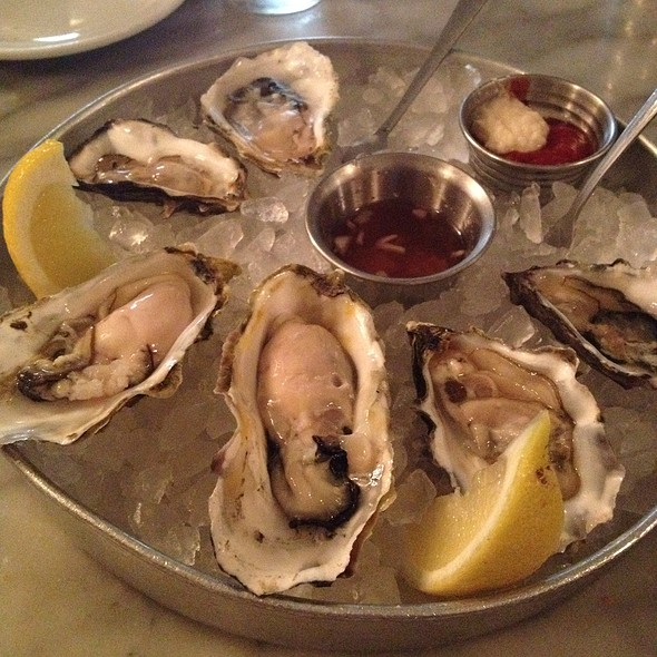 Assorted Oysters @ Anchor Oyster Bar